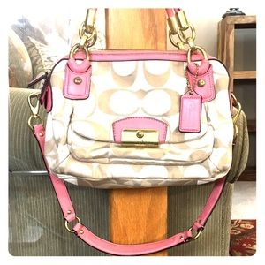 💕 Coach coach creme pink satchel bag cute 💕